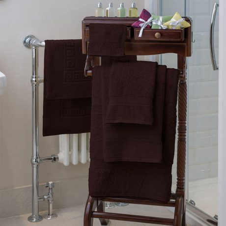 Essentials Nova Bath Mats And Towels Chocolate