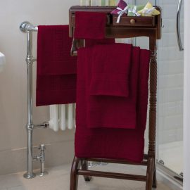 Essentials Nova Bath Mats And Towels Wine