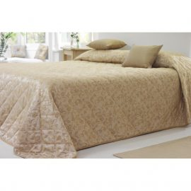Essentials Sovereign Bedspread and Cushions