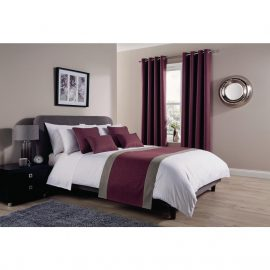 Comfort Tundra Antique Fuschia Room Runners and Cushions