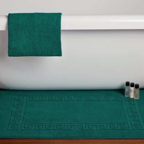 Essentials Nova Bath Mats And Towels Dark Green